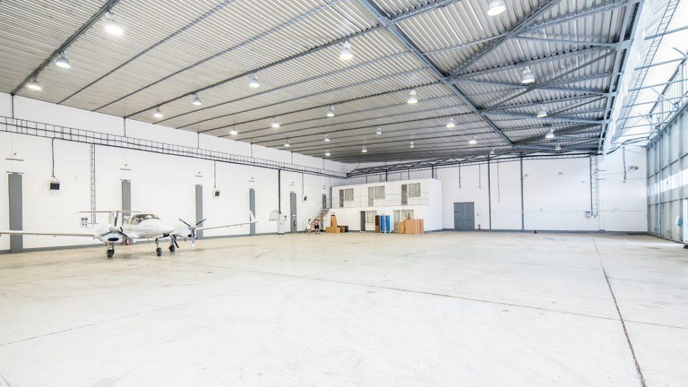 BtsCargo-HangarF-hangar-01