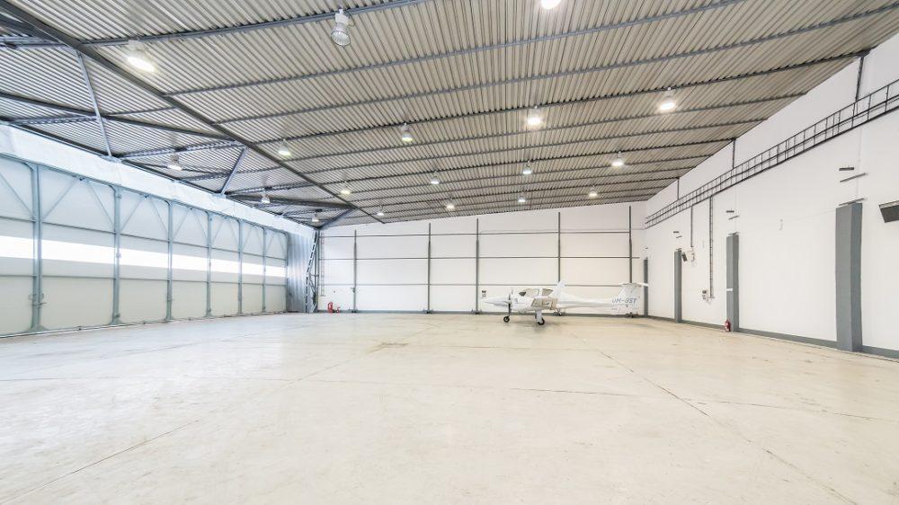 BtsCargo-HangarF-hangar-03