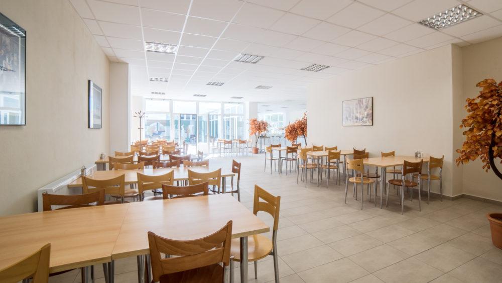 budova_ac_restaurant